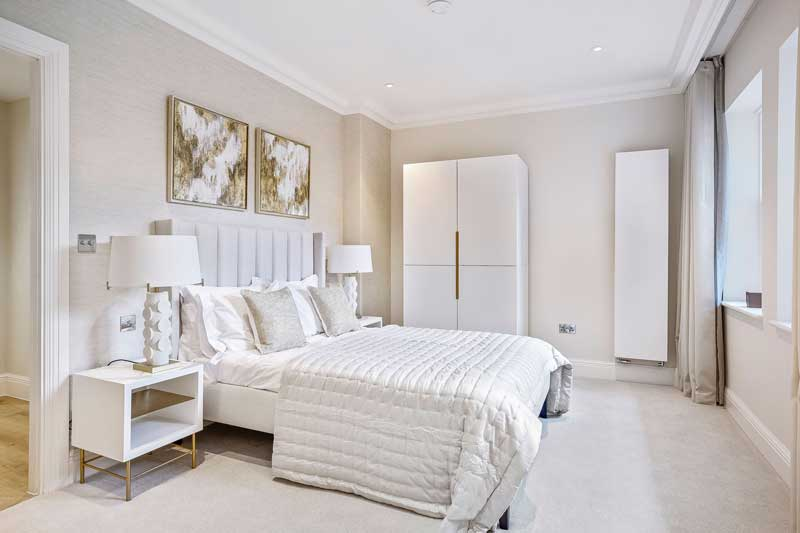 Mulberry Court show flat, bedroom
